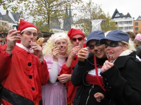 Busfahrt nach Köln zum Karnevalsbeginn