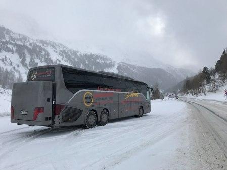 stuber-bus